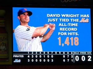 David Wright Ties All-Time Hits Record